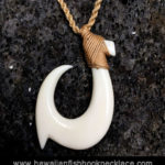 alika hook necklace